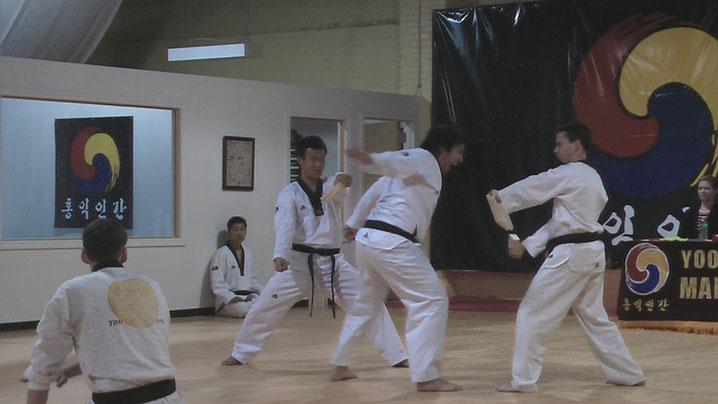 Taekwondo_adult_YMA01151
